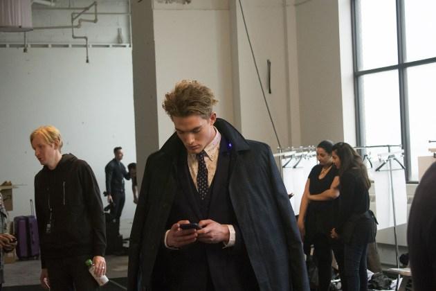Nick-Graham-fall-2017-mens-backstage-fashion-show-the-impression-02