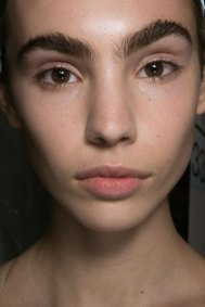 PROENZA-SCHOULER-beauty-spring-2016-fashion-show-the-impression-17