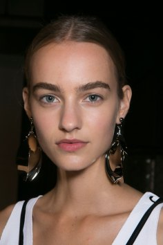 PROENZA-SCHOULER-beauty-spring-2016-fashion-show-the-impression-52