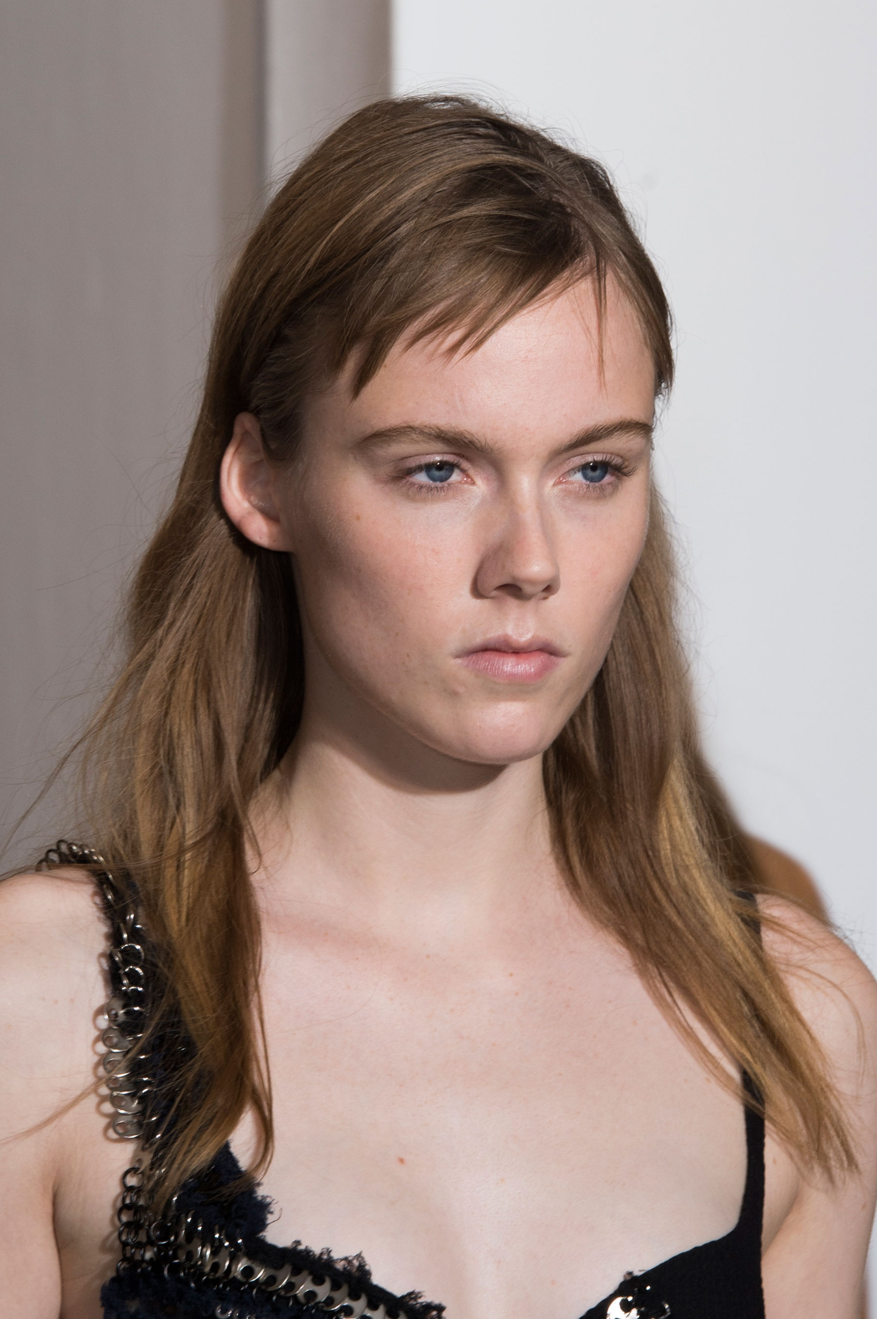 Paco-Rabanne-spring-2016-runway-beauty-fashion-show-the-impression-01