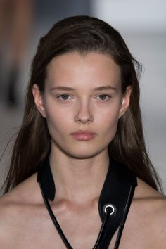 Paco-Rabanne-spring-2016-runway-beauty-fashion-show-the-impression-11
