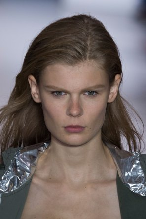 Paco-Rabanne-spring-2016-runway-beauty-fashion-show-the-impression-20