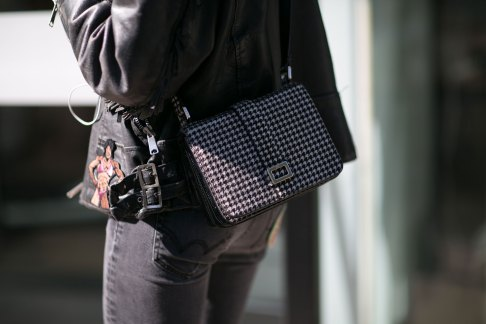 Paris-fashion-week-street-style-day-1-september-2015-the-impression-006