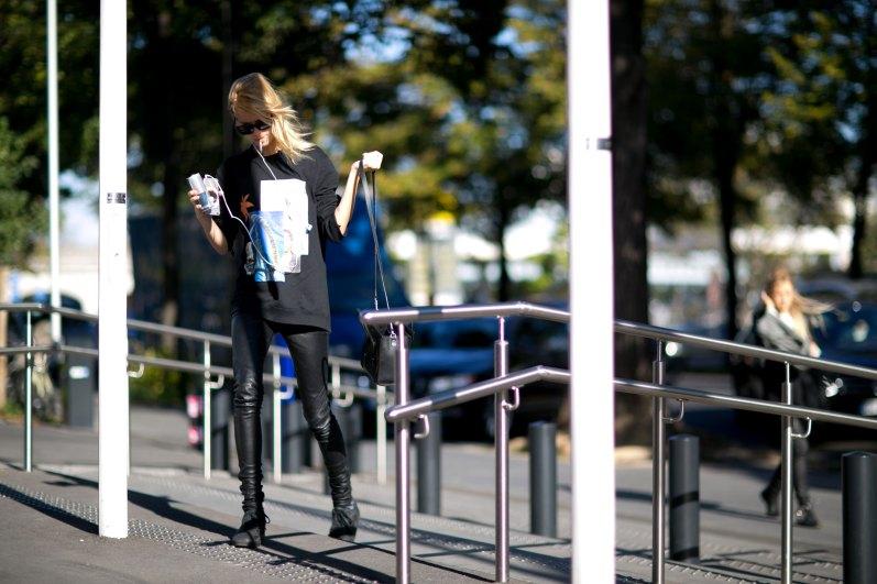 Paris-fashion-week-street-style-day-1-september-2015-the-impression-033