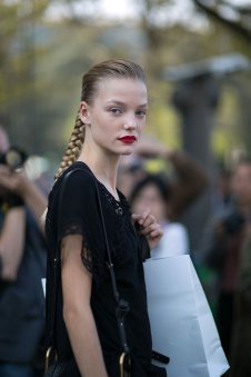 Paris-fashion-week-street-style-day-6-october-2015-the-impression-024