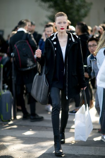 Paris-fashion-week-street-style-day-6-october-2015-the-impression-034