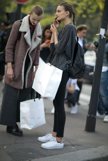 Paris-fashion-week-street-style-day-6-october-2015-the-impression-039