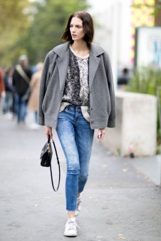Paris-fashion-week-street-style-day-7-october-15-the-impression-12