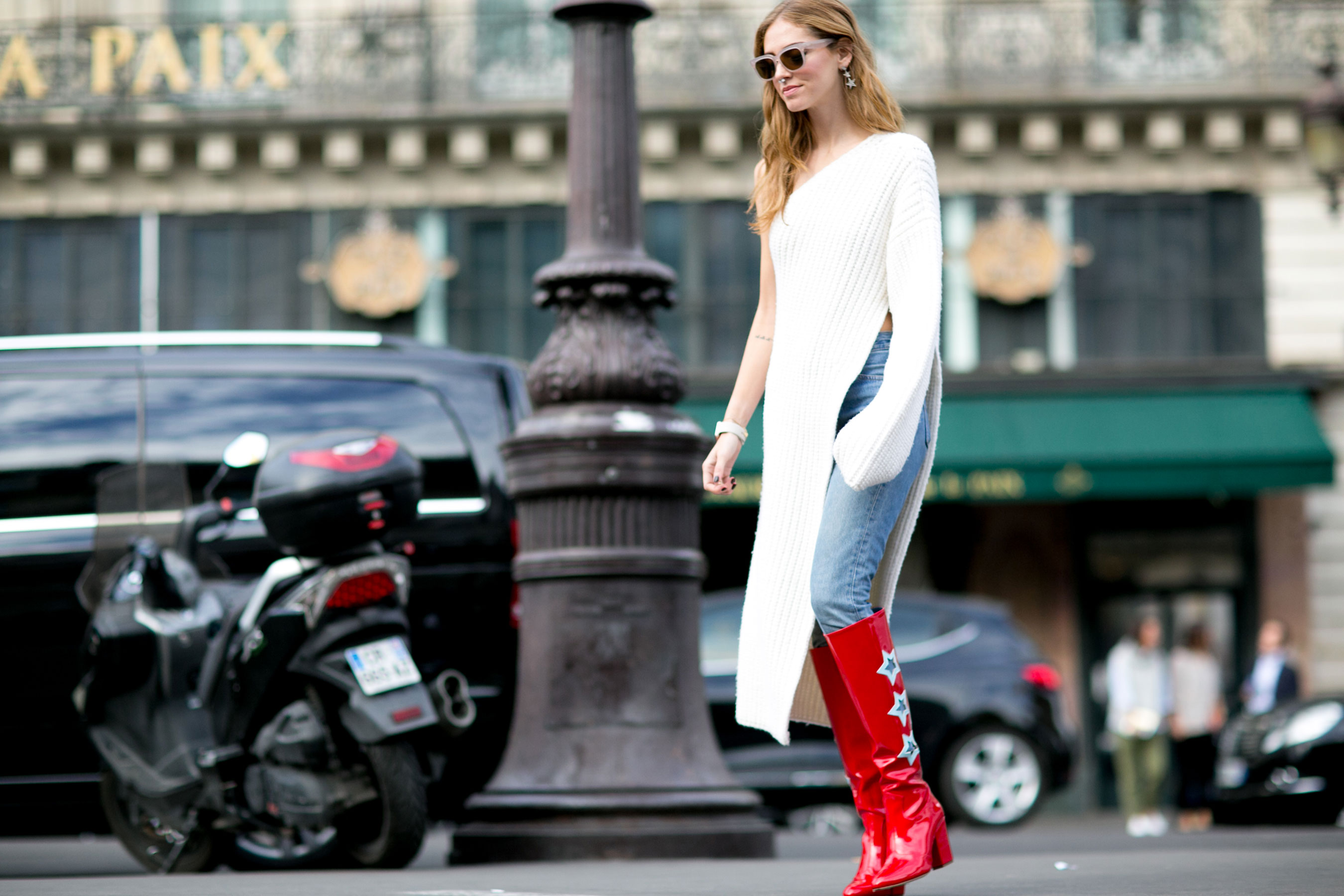 Paris-fashion-week-street-style-day-7-october-15-the-impression-30