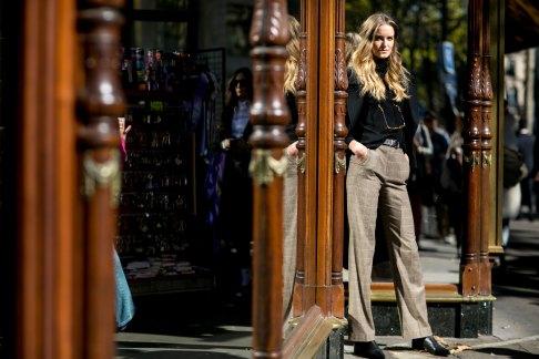 Paris-fashion-week-street-style-september-2015-day-3-the-impression-016