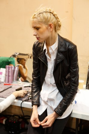 Pascal-Millet-spring-2016-beauty-fashion-show-the-impression-31