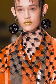 Prada-spring-2016-runway-beauty-fashion-show-the-impression-017