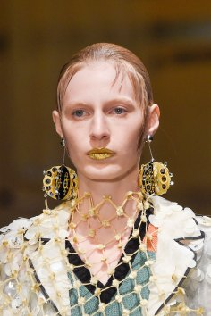 Prada-spring-2016-runway-beauty-fashion-show-the-impression-053