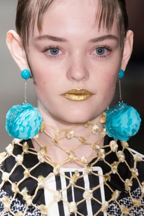 Prada-spring-2016-runway-beauty-fashion-show-the-impression-067