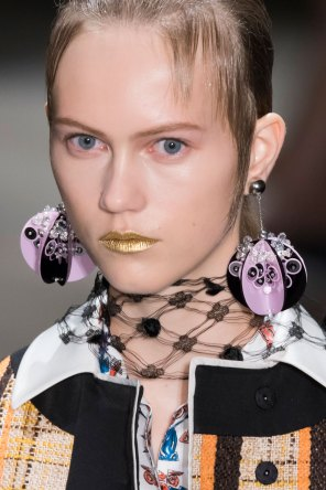 Prada-spring-2016-runway-beauty-fashion-show-the-impression-084