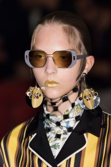 Prada-spring-2016-runway-beauty-fashion-show-the-impression-090