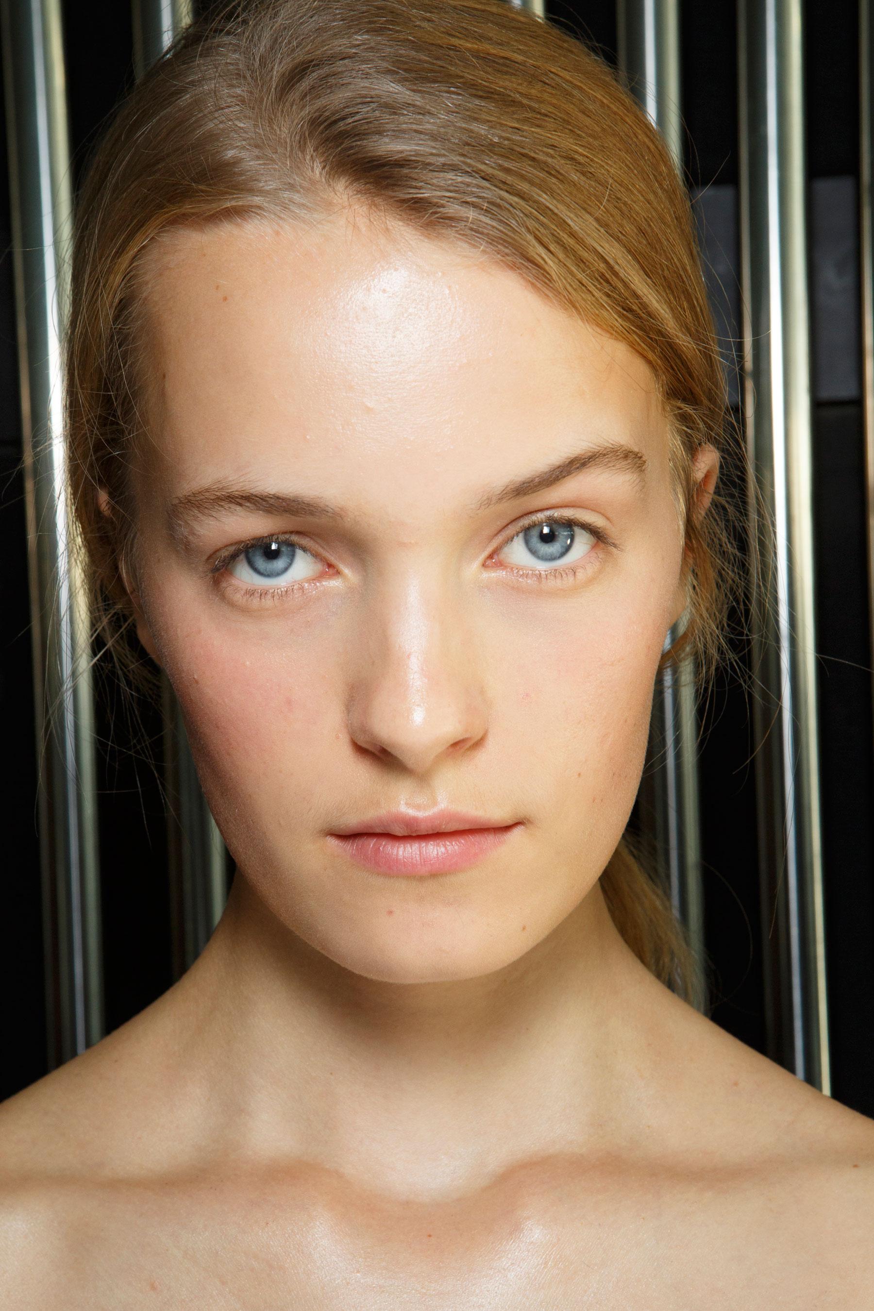 Preen-by-Thornton-Bregazzi-beauty-spring-2016-fashion-show-the-impression-005