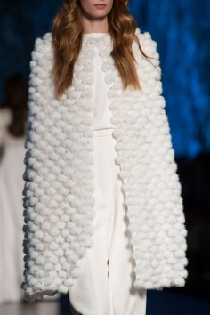 RALPH-and-RUSSO-close-ups-fall-2015-couture-the-impression-009