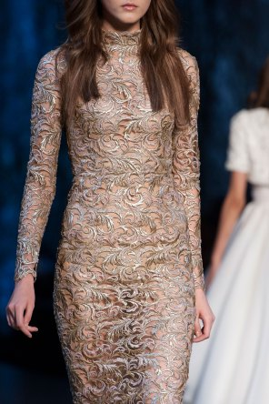 RALPH-and-RUSSO-close-ups-fall-2015-couture-the-impression-020
