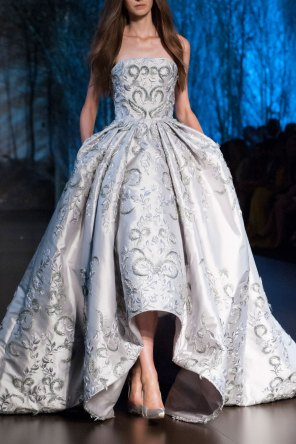 RALPH-and-RUSSO-close-ups-fall-2015-couture-the-impression-048