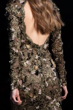RALPH-and-RUSSO-close-ups-fall-2015-couture-the-impression-079
