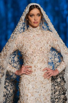 RALPH-and-RUSSO-close-ups-fall-2015-couture-the-impression-097