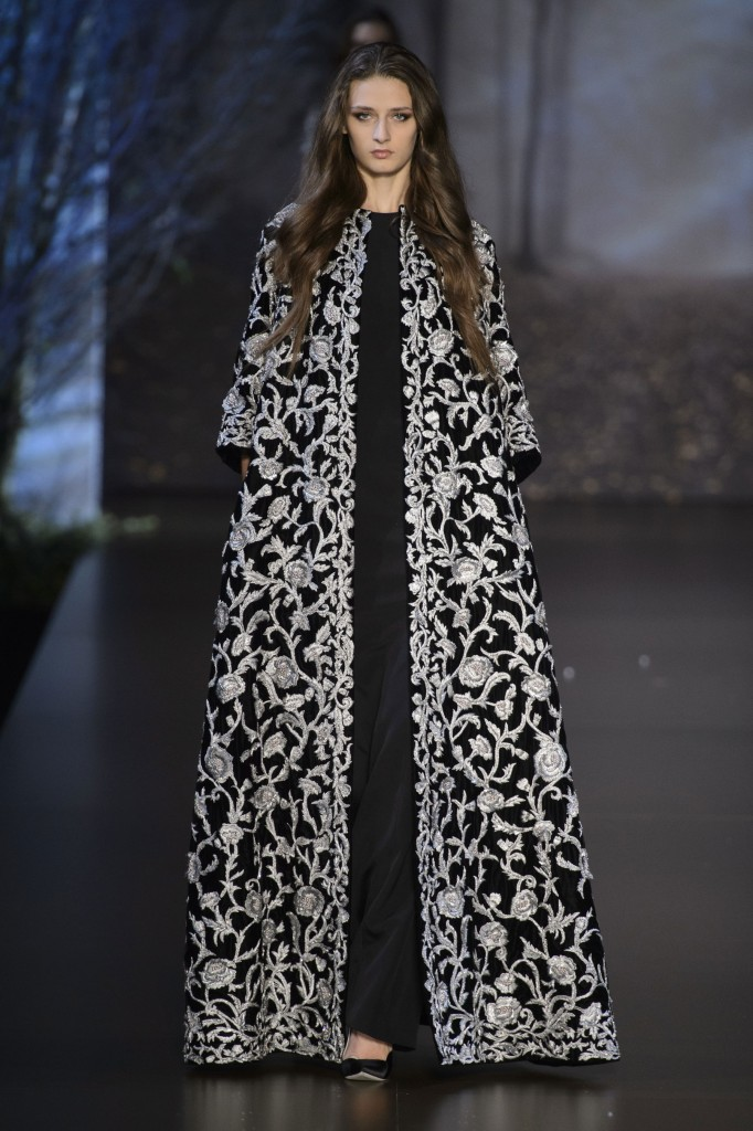 RALPH-and-RUSSO-fall-2015-couture-the-impression-020