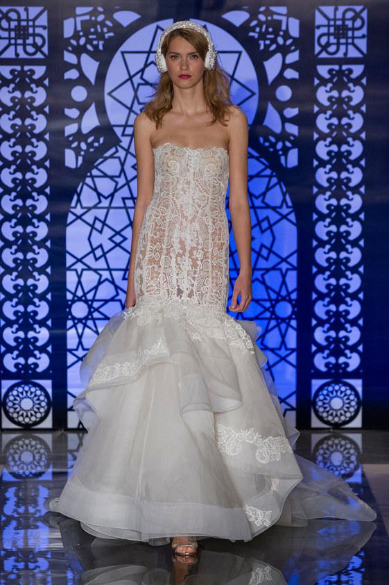 Reem-Acra-fall-2016-bridal-fashion-show-the-impression-25