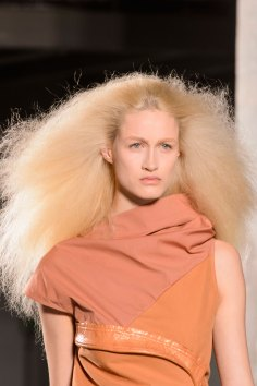 Rick-Owens-spring-2016-runway-beauty-fashion-show-the-impression-09