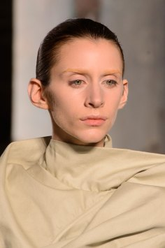 Rick-Owens-spring-2016-runway-beauty-fashion-show-the-impression-18