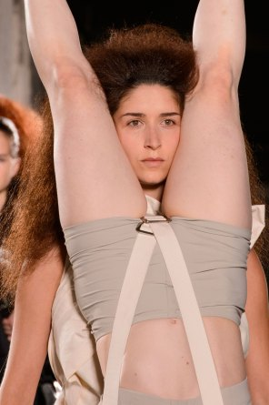 Rick-Owens-spring-2016-runway-beauty-fashion-show-the-impression-22