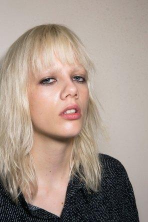 Roberto-Cavalli-Backstage-beauty-spring-2016-close-up-fashion-show-the-impression-023
