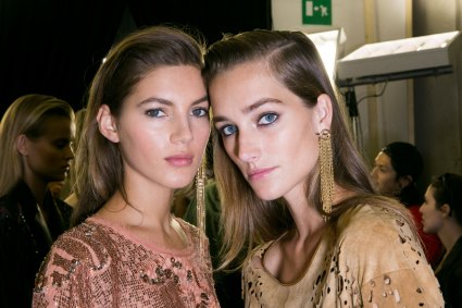 Roberto-Cavalli-Backstage-beauty-spring-2016-close-up-fashion-show-the-impression-048