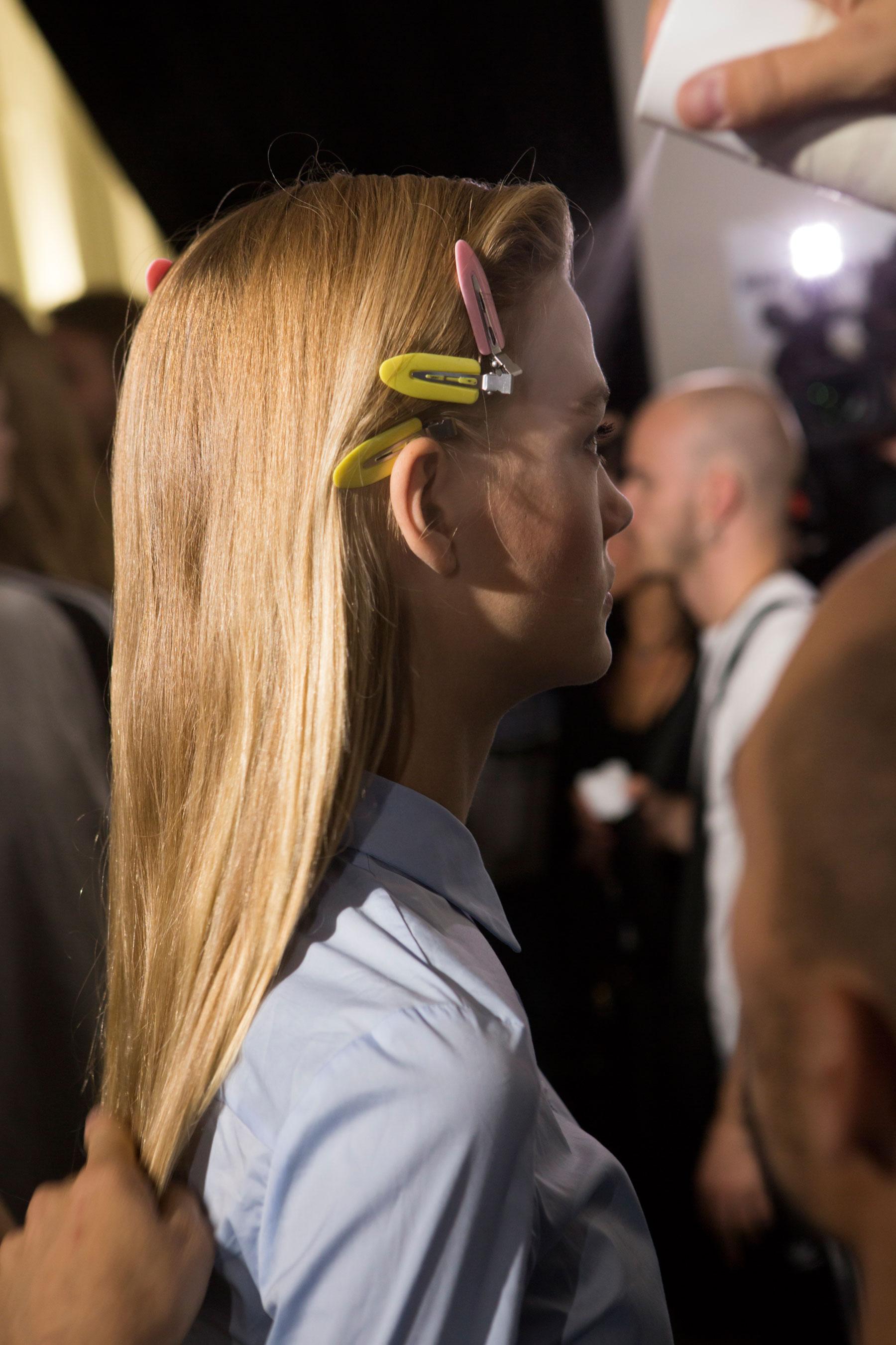 Roberto-Cavalli-Backstage-beauty-spring-2016-close-up-fashion-show-the-impression-072