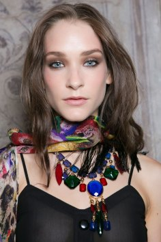 Roccobarocco-spring-2016-beauty-fashion-show-the-impression-30