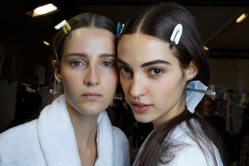 Sacai-spring-2016-beauty-fashion-show-the-impression-16