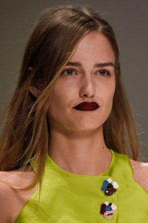 Shiatzy-Chen-spring-2016-runway-beauty-fashion-show-the-impression-11