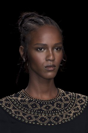 Valentino-spring-2016-runway-beauty-fashion-show-the-impression-06