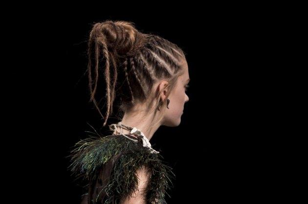 Valentino-spring-2016-runway-beauty-fashion-show-the-impression-19