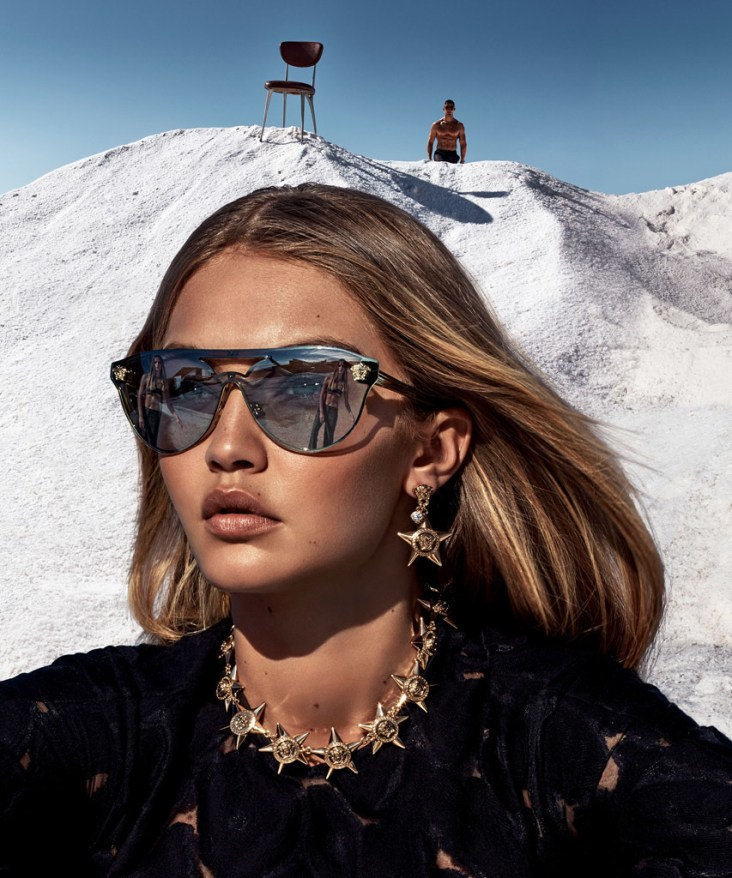 versace-spring-2016-ad-campaign-the-impression-10
