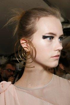 Vionnet-spring-2016-beauty-fashion-show-the-impression-44