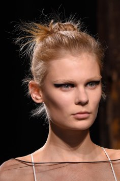 Vionnet-spring-2016-runway-beauty-fashion-show-the-impression-09