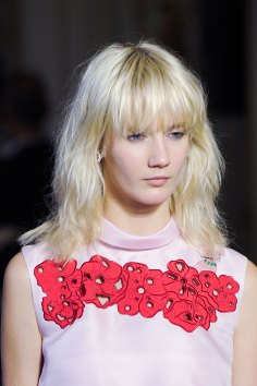 Vivetta-spring-2016-runway-beauty-fashion-show-the-impression-23