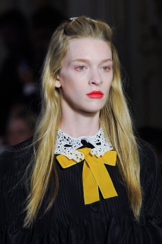 Vivetta-spring-2016-runway-beauty-fashion-show-the-impression-44