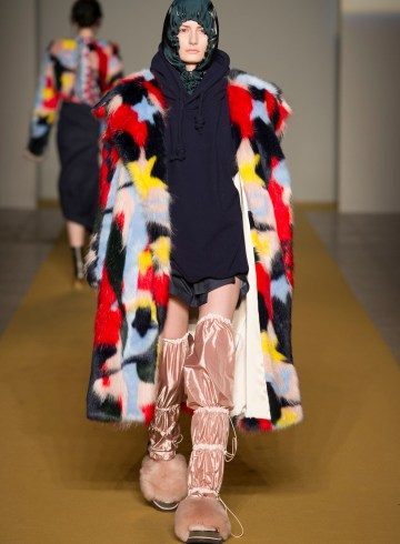 Angel Chen Fall 2017 Fashion Show