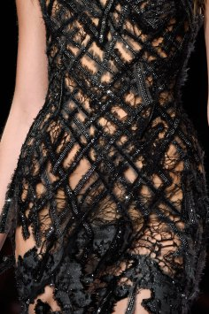 atelier-versace-close-ups-fall-2015-couture-the-impression-145