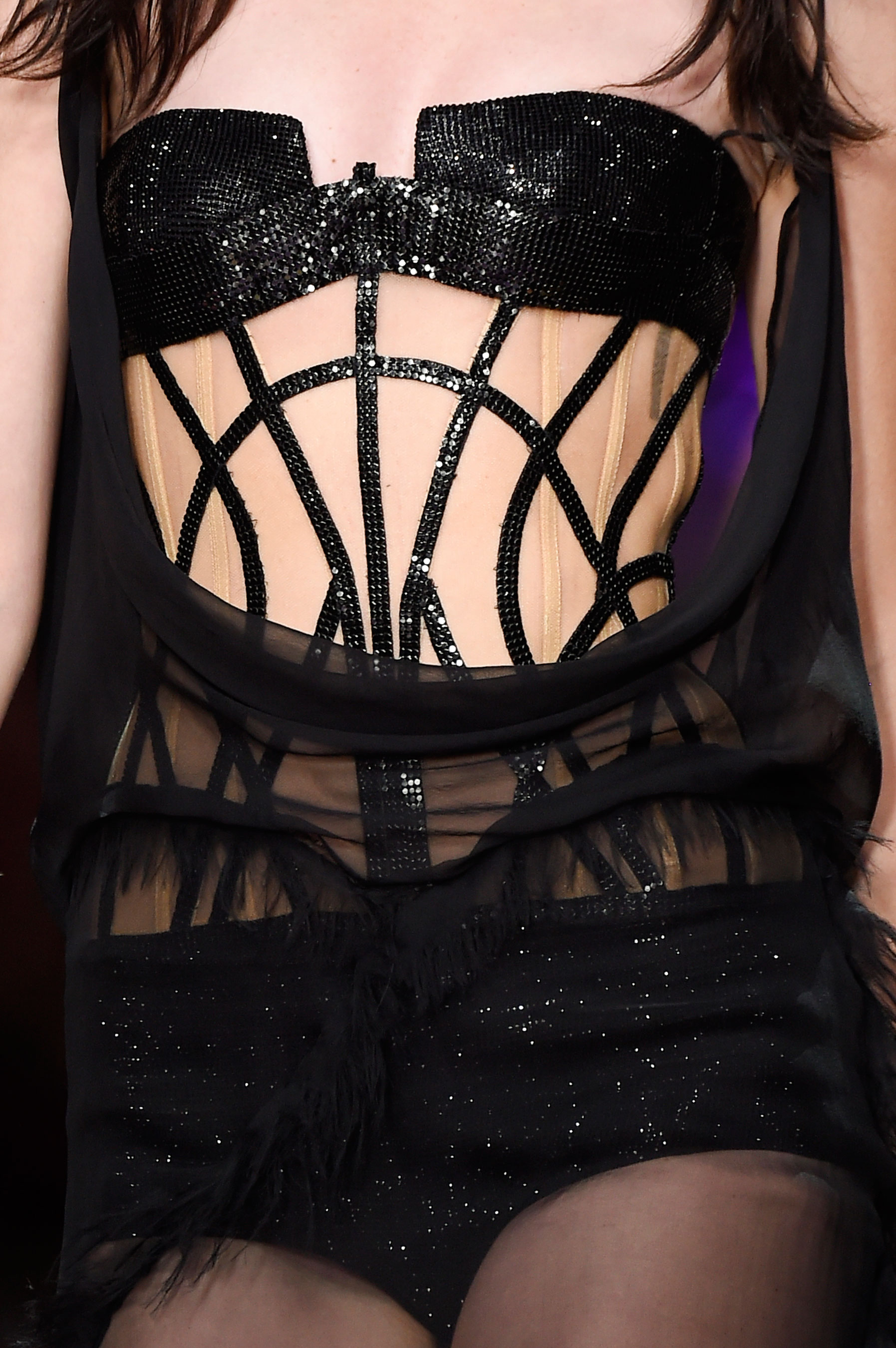 atelier-versace-close-ups-fall-2015-couture-the-impression-204