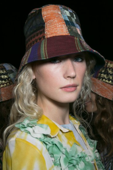 bcbg-max-azria-beauty-spring-2016-fashion-show-the-impression-27