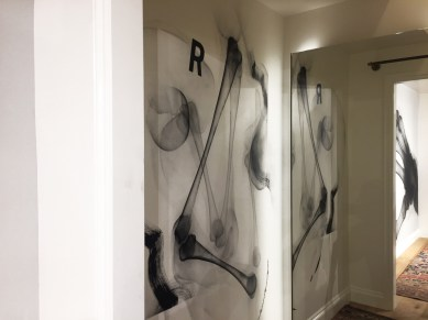 beak mens_fitting room_shok