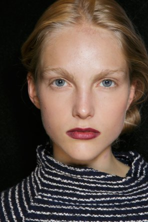 burberry-spring-2016-beauty-fashion-show-the-impression-34